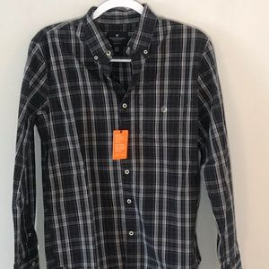 American Eagle Plaid Button Down Long Sleeve NWT